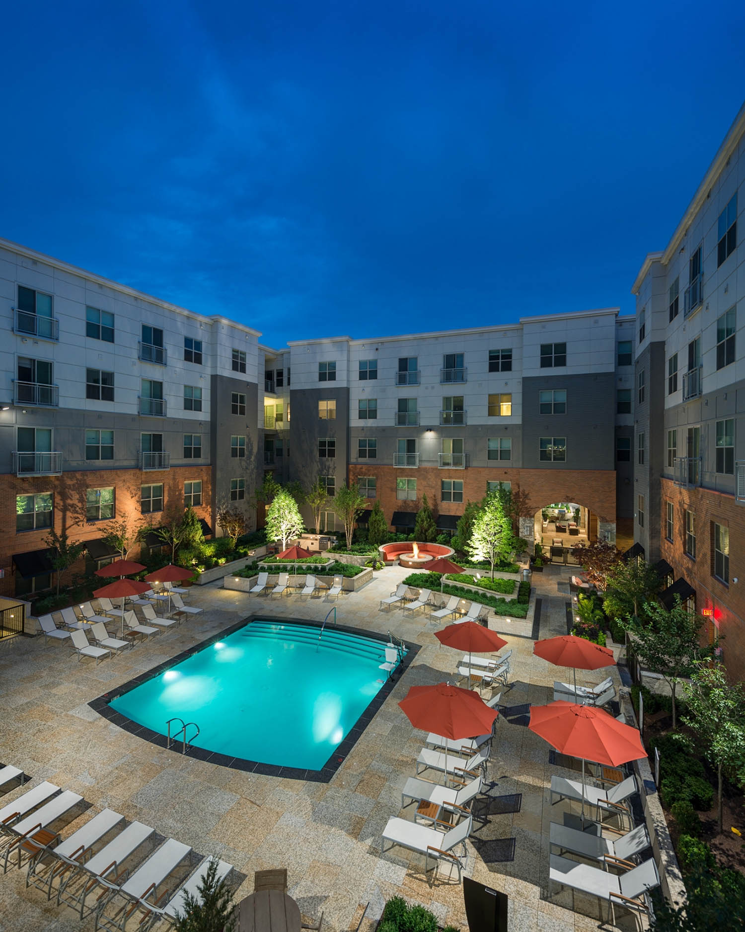 Parkview Place Apartments: Architecture, Interiors, Planning